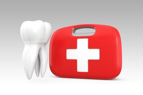 3D teeth on first aid kit for oral care concept